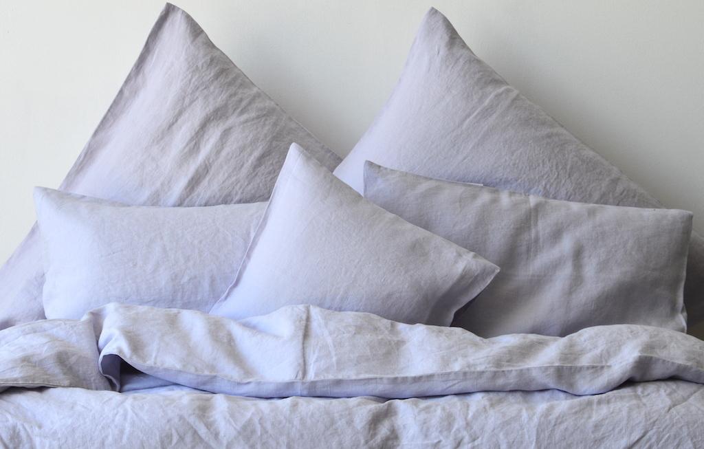 leinen bettw sche garnitur baiba helllila 135x 200 cm 40x 60 cm 40x 80 cm oder 80x 80 cm. Black Bedroom Furniture Sets. Home Design Ideas